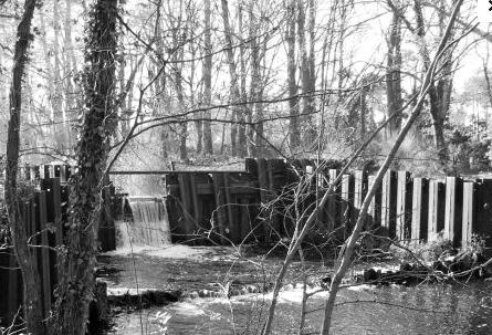 25 Canal démoli